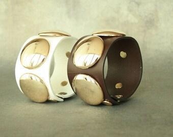 Disc Ornament Leather Bracelet( 2 colors)