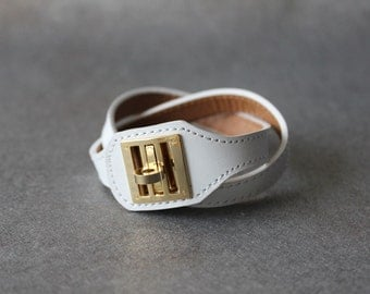 Equestrian Buckle Ornament Leather Bracelet(WHITE)