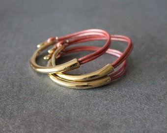 Deep Gold Plated Leather Bracelet (Set of 3, PEARL PINK)