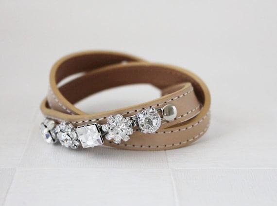 Crystal Flower Embellished Leather Bracelet(Nude)