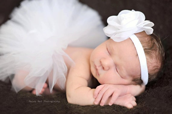 Infant tutu in white for baby, newborn or toddler - Flower girl tutu - newborn photo prop tutu