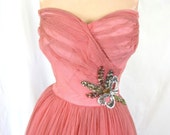 50s Pink Movie Star Strapless Gown, Shelf Bust Crumbcatcher Old Hollywood Ball Gown Costume Fairytale