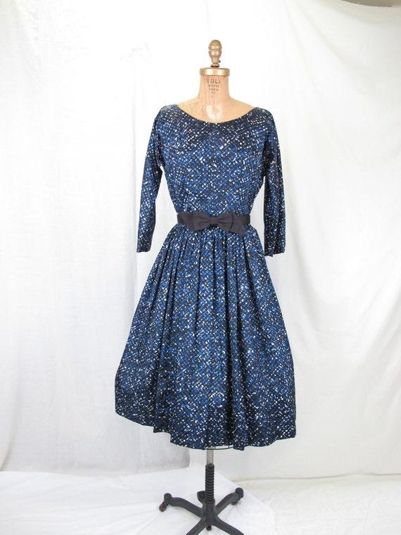 1950s 60s Three Quarter Sleeve Portait Neckline dress, Mad Men Style, Full Pleated Skirt