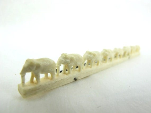 1930s Pre-Ban Ivory Elephants In-A-Row Pin