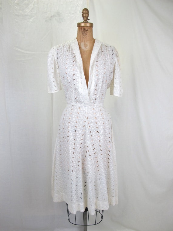 1940s Sweet White Eyelet Cotton Day Dress