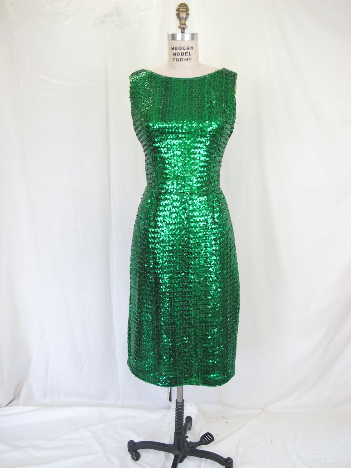 1950s Suzy Perette Emerald Green Sequin Wiggle Dress Cocktail