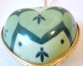 Heart Ornament Trinket Locket With Abiding Faith Inside