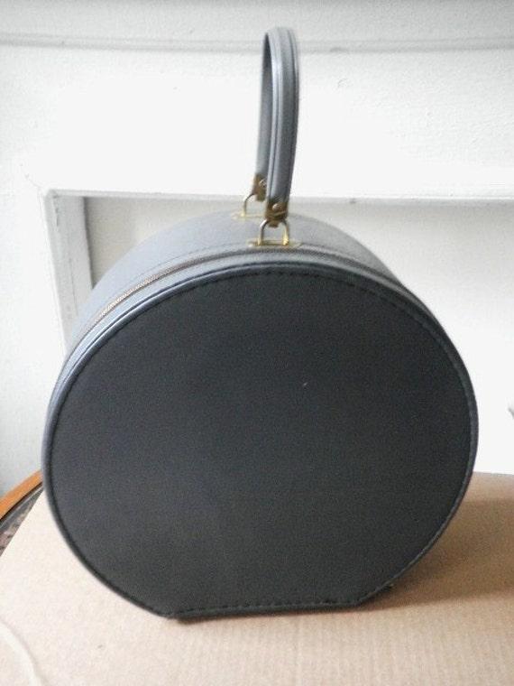 Hat Box Traveling Case Circa 1950s