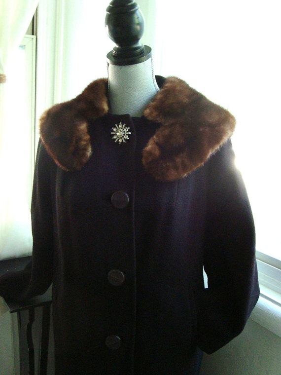Gorgeous Black Wool Coat with Fur Collar