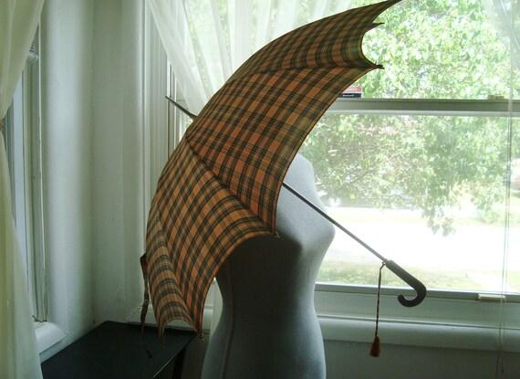 So Cute Green and Tan Plaid Umbrella