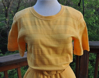 Vintage T-shirt Dress, Buttery Yellow Summer Shirtwaist, Short sleeved dress by Talbot, Casual spring dress