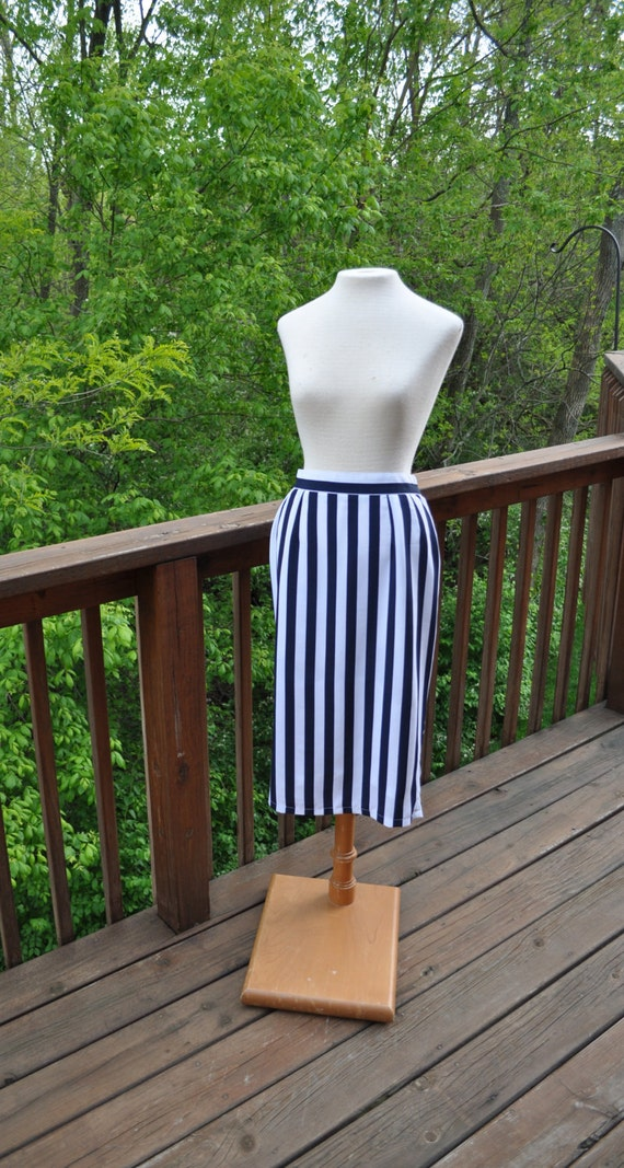 Vintage Pencil Skirt  Navy and White Striped Below the Knee Skirt Patriotic Colors for July 4th