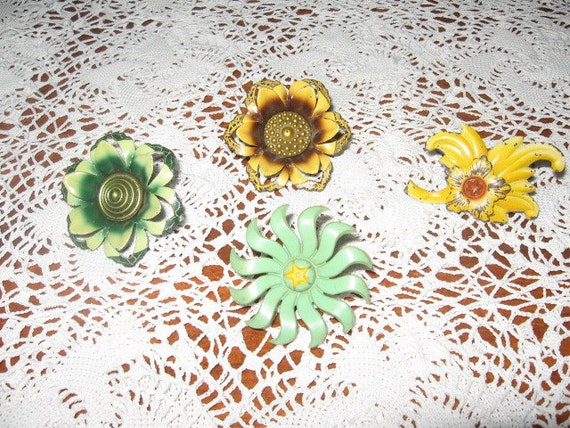 Vintage Curtain Tie Backs, Shabby Chic, Chippy Paint, Floral Art Deco