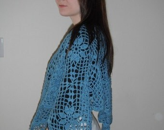 """Poncho, """"Daisys & Lace"""", Smokey Blue (ready to ship) SALE Reduced Price"""