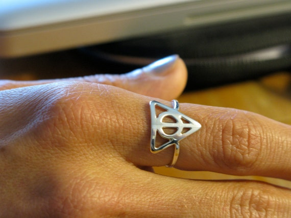 Silver Deathly Hallows Ring