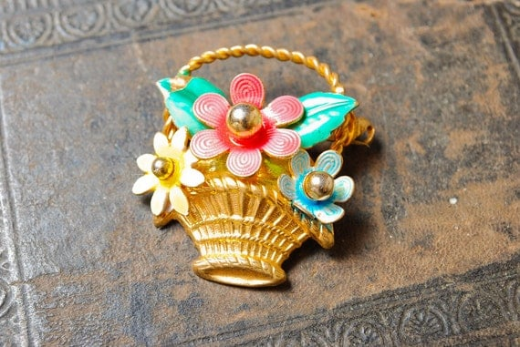 Vintage brass filigree brooch, basket with flowers.