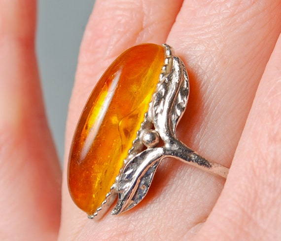 Vintage pressed  amber ring, leaf decor, Size 6