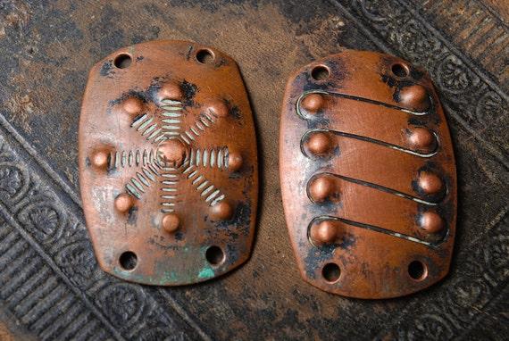 Set of 2 Vintage plates, copper connectors