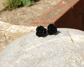 Kitsch Black Rosebud Earrings