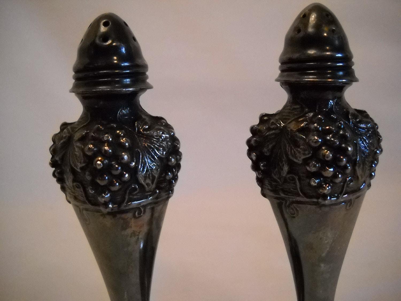 Item details Designer salt and pepper shakers