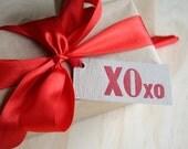Letterpress xoxo Gift tags: - kiss, hug, with faux bois - wood grain detail x6