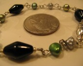 Link work Bracelet in Black, Silver, and Green Pearl
