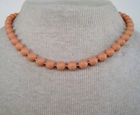 25 PERCENT OFF Vintage 80s Retro Kitsch Peach Pastel Orange Bead Beaded Choker Length Necklace