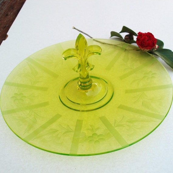 Glass serving tray green depression glass fleur de lis glass - Fleur de lis serving tray ...