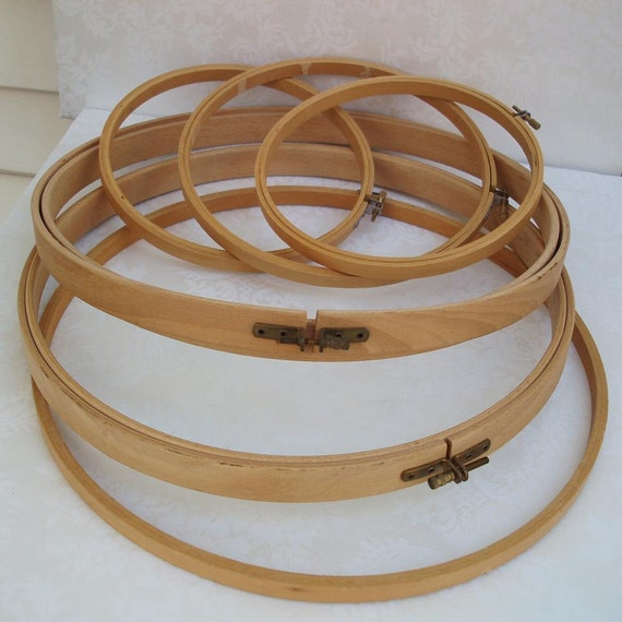 Embroidery Hoops, Vintage Wood Frames  Round Wood Frames Cottage Chic   vestiesteam eveteam