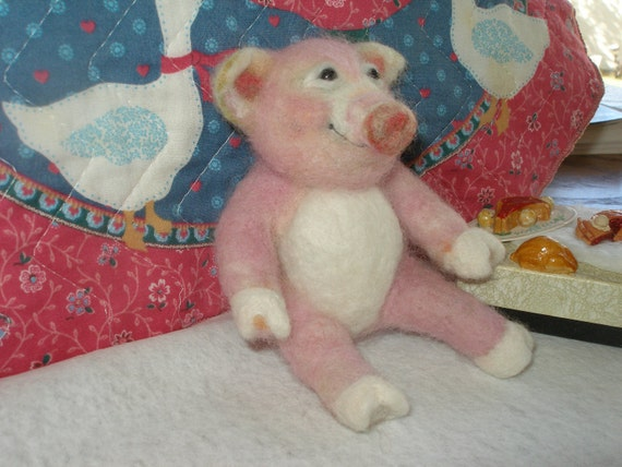 Felted Pig Pink Smiling OOAK Wool Animal Hand Crafted Original