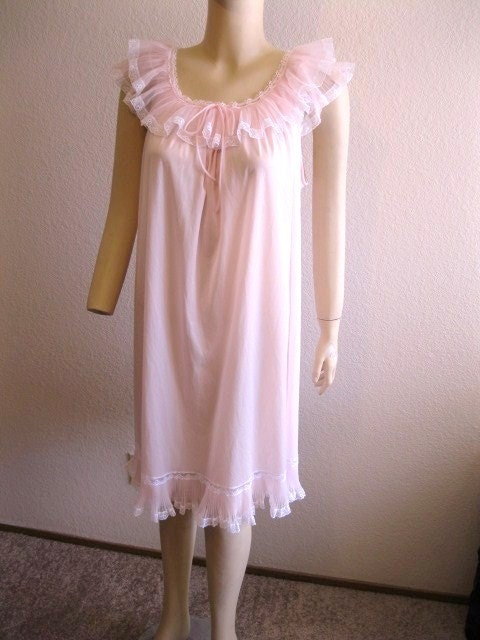 Vintage Soft Pink Baby Doll Nightie By Miss Elaine By