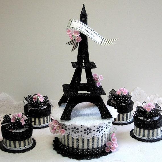 Eiffel Tower Wedding Cake Accents