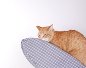 Cat Canoe Modern Cat Bed in Black and White Optical Illusion