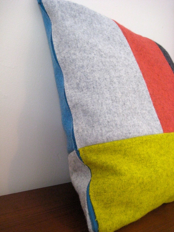 2 x Colour Field wool pillow - PRIMARYS for GEORGE