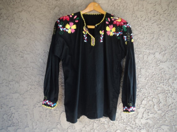 "Vintage 70s Blouse Embroidered Cotton Tunic INDIA / Large / 40"" B"