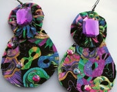 Mardi Gras Mask Colorful Earings with Purple Center Jewel Eye Catching