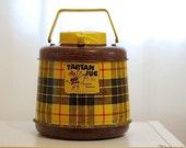 Vintage mid century tartan jug, mad men thermos, home decor, camping cooler, beverage holder, hot and cold liquids, fiberglass