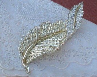 """Vintage Sarah Coventry """"Fashion Leaf"""" Brooch Pin, Costume Jewelry, AS IS, Recycle, Upcycle"""
