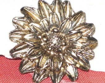 Vintage Gold Sunflower Brooch, Vintage Ladies Jewelry, Gift Idea for Her