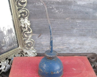 Vintage Old Chippy Blue Oil Can