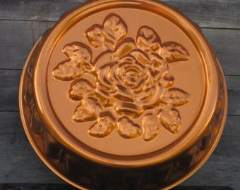 Vintage Copper Jello Mold, Copper Colored Aluminum Rose Mold, Gelatin Mold, Wall Hanging, Vintage Kitchen Decor