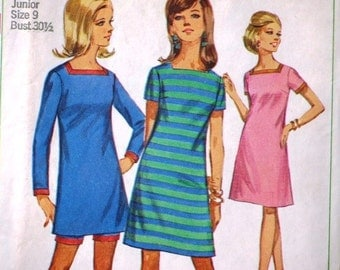 Vintage Sewing Pattern 7162, Simplicity 1960s Dresses, Simple to Sew, Juniors Misses Jiffy Dresses