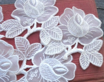 Vintage Cream Rose Fabric Appliques - Lot of 5