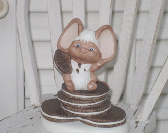 Vintage Cheddar & Co. Cookie Mouse Fine Porcelain Figurine, Collectible Item, Hallmark Cards, Inc.
