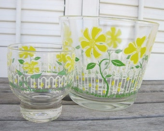 Vintage Glass Bowl with Yellow Daisies and White Picket Fence, Juice Glass, Swanky Swigs