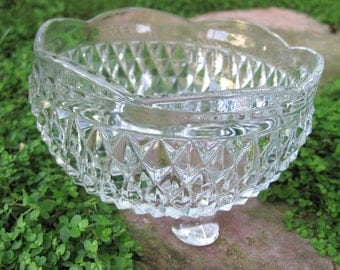 Vintage Indiana Glass Diamond Point 3 Footed Bowl Dish
