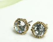 Vintage style mini faceted stud earrings/choose your color