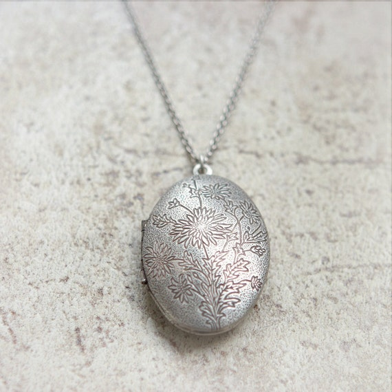 Dandelion and Flower pattern Oval Locket Necklace in Rustic silver
