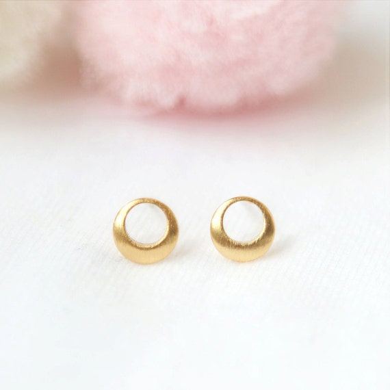 Tiny Hollow Circle Earrings