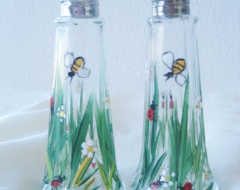 salt and pepper shaker set of two, ladybugs and grasses and daisies